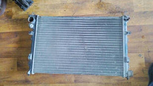 Б/у радиатор для Fiat Scudo