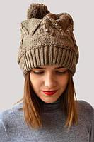 Модная шапка декорирована бусинками
