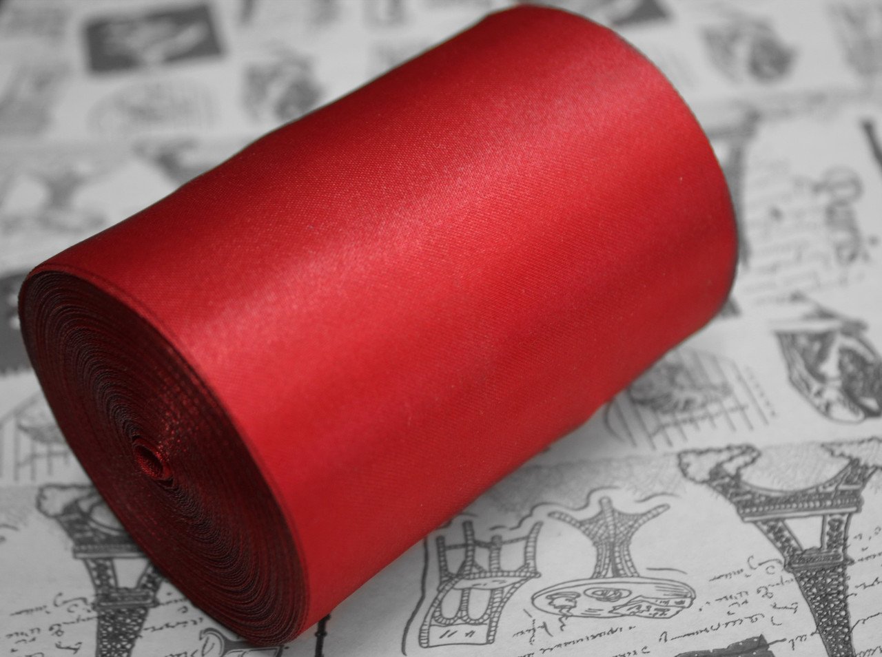 Лента атласная темно- красная (ширина 10см, намотка 20м)