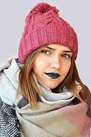 Модная зимняя вязанная женская шапка