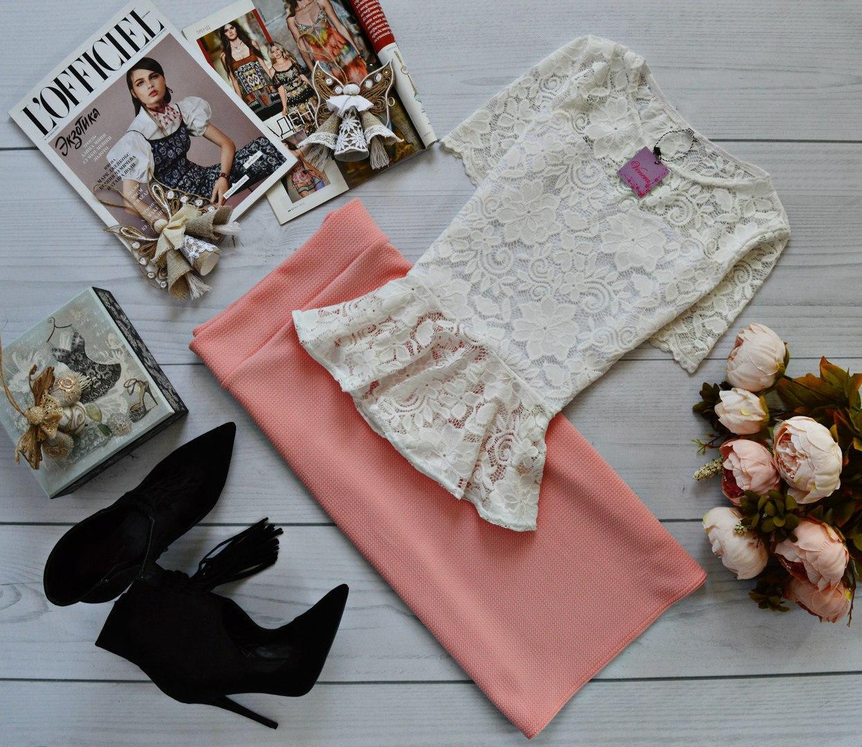 Женский костюм: кофта-баска с набивного гипюра молоко + юбка миди кукуруза персик