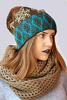 Зимняя шапка унисекс с помпоном и орнаметом