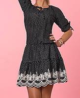 Чёрное платье с белым кружевом