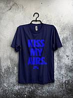 """Футболка мужская Nike """"Kiss My Airs"""" (темно-синяя)"""