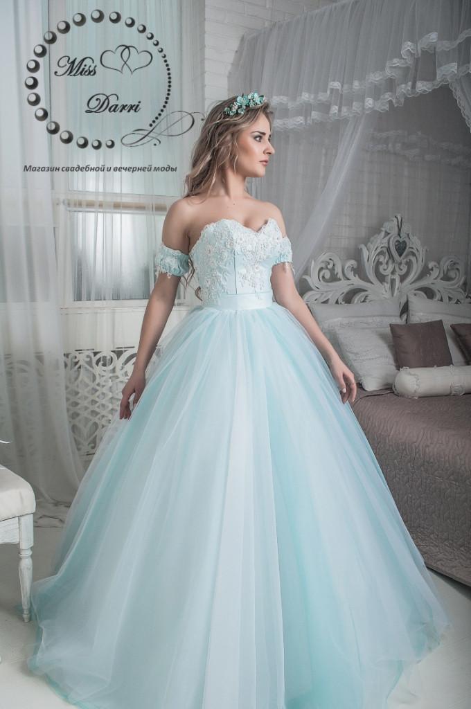 Сказочное свадебное платье бело-бирюзовое