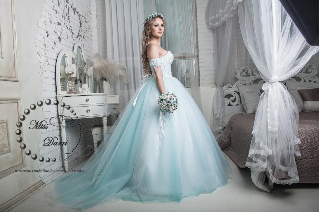 9054bd250d9 Сказочное свадебное платье бело-бирюзовое  продажа