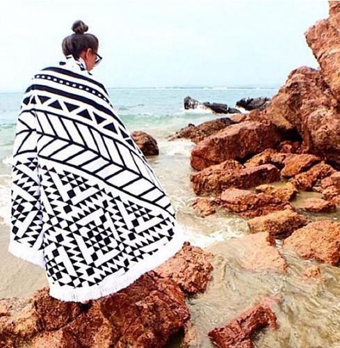 Пляжний килимок Мандала. 150-160см чорно-білий