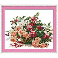 """Вышивка крестиком """"Корзинка с розами""""  42*50 см."""