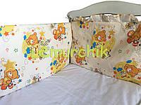 """Защита для детской кроватки 120х60 см, """"Мишки пчелки"""" бежевая"""