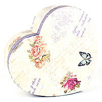 Подарочная коробка в форме сердца Полет Бабочки 19 x 16.5 x 6.8 см