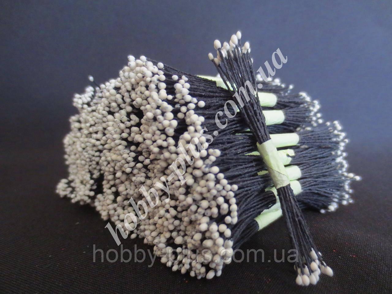 Тайские тычинки, БЕЛЫЕ, мелкие на черной нити, 23-25 нитей, 50 головок