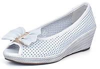 Туфли женские кожаные белые с перфорацией Jazz Турция на танкетке, Белый, 40