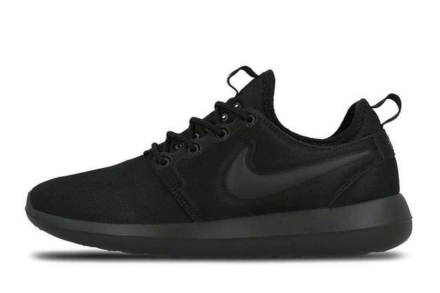 Nike Roshe Two All Black