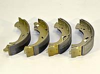 Барабанные тормозные колодки (задние) на Renault Master II  1998->2001 - TRW (США / Германия) — LPR08440