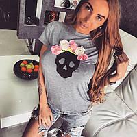 Женская стильная футболка с черепом и цветами