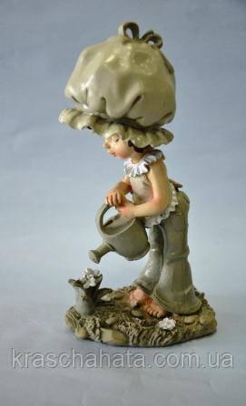 Статуэтка, Девочка с лейкой, Н 22 см, полистоун, Подарки и сувениры, Днепропетровск