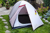 Палатка туристическая  2-х местная   для отдыха  на природе,Двухслойная ,полиуретановая пропитка