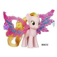 Пони фигурка Хоней Рейс с волшебными крыльями Friendship Charm Wings Honey Rays My Little Pony Hasbro B0672