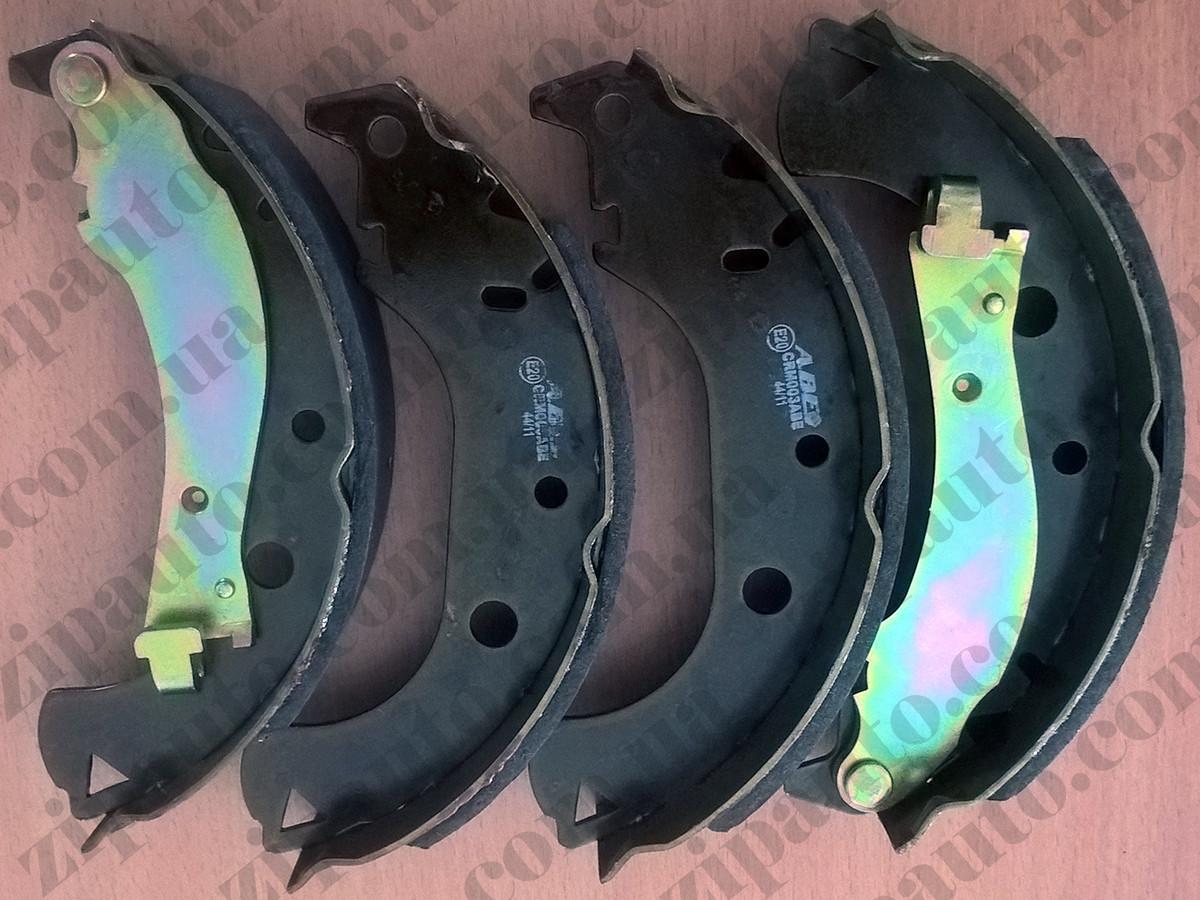 Тормозные колодки задние барабанные Fiat Doblo 01-05   42mm   ABE