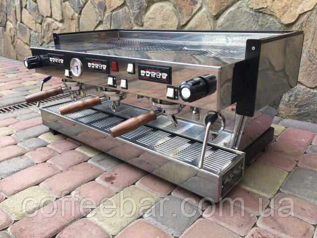 Кофемашина La Marzocco Linea Classic (3группы)