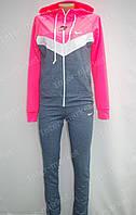 Женский спортивный костюм NIKE на замке розовый