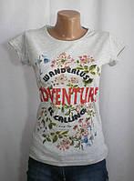 Стильная молодежная футболка с аппликацией