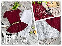 Блузка бордо из гипюра с баской
