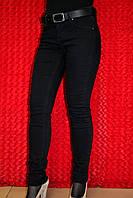 Узкие чёрные женские джинсы