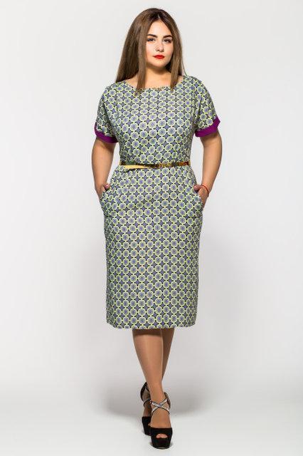 Легкое женское платье большого размера