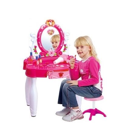 Детское трюмо с зеркалом 661-22, фен, косметика, украшения, стульчик, 66*56*9см, свет, звук - Интернет магазин «Наш базар» быстро, доступно и качественно в Киеве