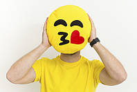 Подушка emoji смайл