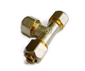 Трійник цанговий для металопластикової труби 26*20*26