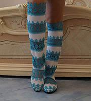 Стильные высокие бело-голубые женские кружевные сапоги