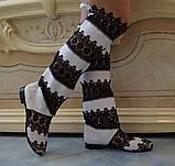 Стильные высокие черно-белые женские кружевные сапоги, фото 2