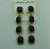 603 Серьги длинные с квадратными черными кристаллами. Серьги на выпускной.