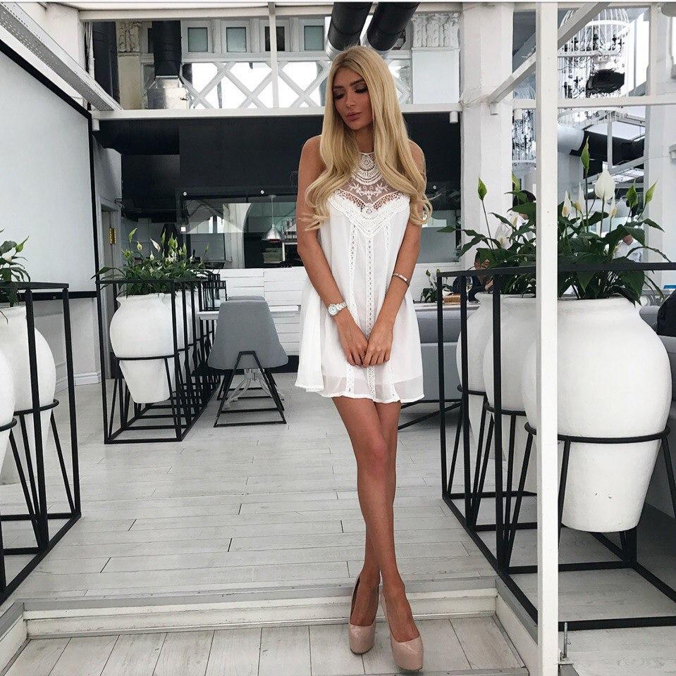 5d07f06faf1 Женское свободное шифоновое платье с гипюром белого цвета. Ткань  шифон.  Размер  хс-с