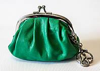 Женский кошелек Kristy.X  из натуральной кожи зеленого цвета