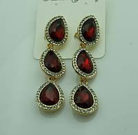 619 Красные серьги на выпускной вечер или свадьбу. Красивые красные серьги три кристалла.