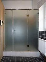 Душевая перегородка фронтальная из бронзового стекла (крепление двери на стекло)