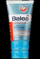 Скраб кремовый из салициловой кислоты против прыщей и угрей Balea