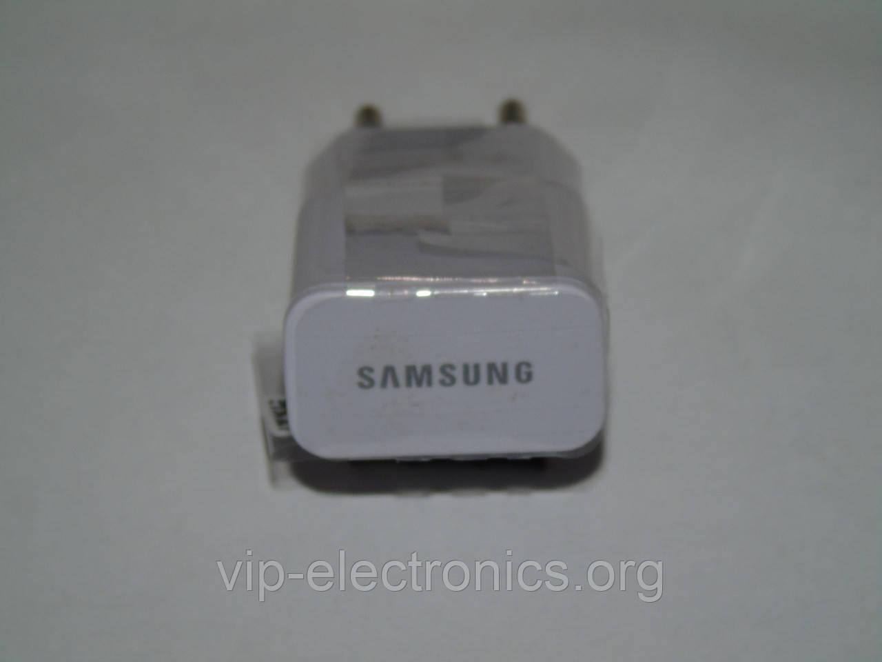 Блок живлення  SAMSUNG 220*1А USB в коробочці