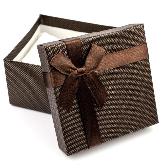 Подарочная коробка с подушечкой для часов или браслета коричневая