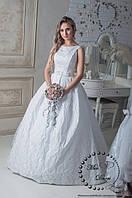 Свадебное платье из жакарда белое
