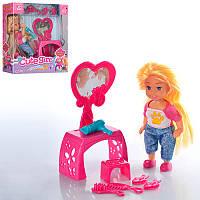 Кукла K899-21 11,5см, трюмо, стульчик, аксессуары, в кор-ке, 15-16-5см