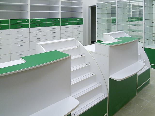 Аптека и кассовая зона