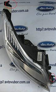 Фара правая Ford Focus MK3 11--
