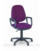 Офисное кресло для персонала Комфорт с подлокотниками 12, 5, 90, Крестовина с колесиками, искусственная кожа (кожзаменитель), Украина