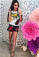 Шорты женские джинсовые с красными цветами