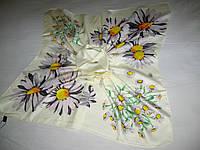 Платок Kenzo шёлковый  можно приобрести на выставках в доме доме одежды Киев