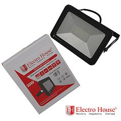 ElectroHouse LED прожектор 30W IP65 ElectroHouse